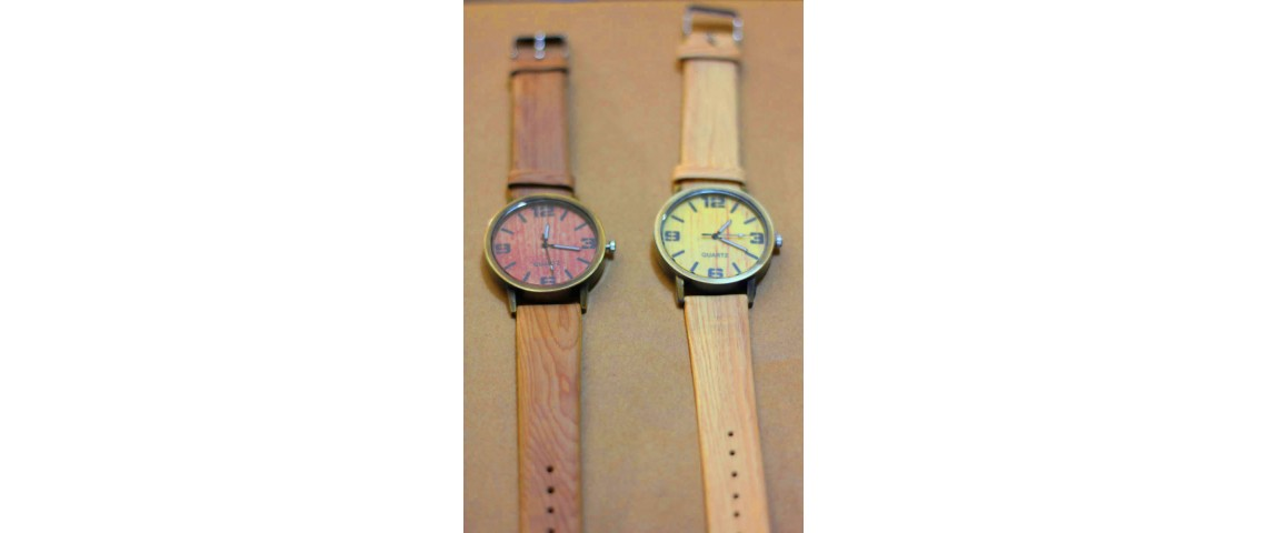 Quartz Wood Look Watch